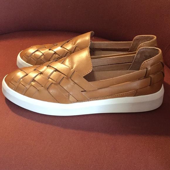 915d47cc7cc75 FRYE Brea Huarache slip on shoes NWT